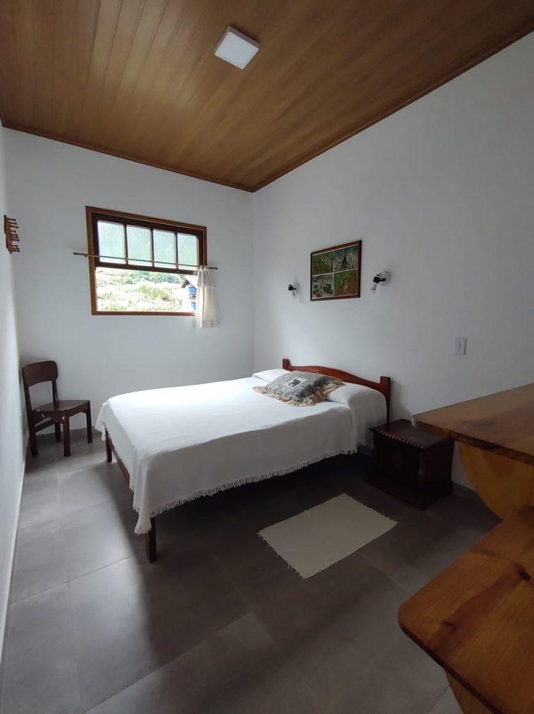 hotel-cantinho-de-ferias-casa-ype-amarelo (5)